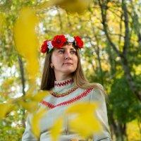 в листве :: Мария Корнилова