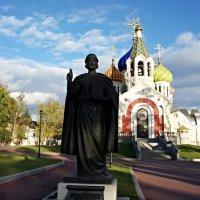 Памятник святому благоверному великому князю Игорю Ольговичу Черниговскому :: Елена Смолова