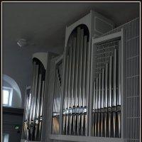 Орган в лютеранской церкви Святого Иоанна :: Вера