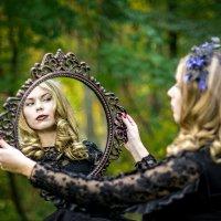 свет мой зеркальце, скажи... :: Виктор Зенин