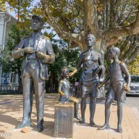 Памятник героям фильма «Бриллиантовая рука» в Сочи. :: Валерий Смирнов