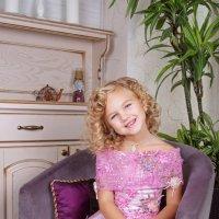 Маленькая леди. :: Оксана Зарубина
