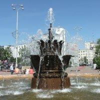 Фонтан в Екатеринбурге :: LaDy Dи
