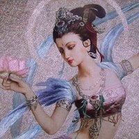 Богиня с лотосом :: Людмила Огнева