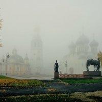 В утреннем тумане :: Дмитрий