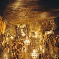 Костел в соляной шахте в Величке :: Анна Куликовская