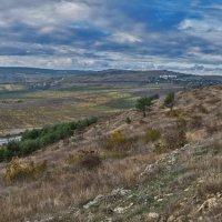 На южном склоне Сапун-горы :: Игорь Кузьмин