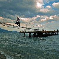 Шагающий в небеса... :: Александр Бойко