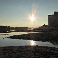 Закат над обмелевшей Кубанью :: Алексей Меринов