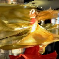 В вихре танца. :: Тамара Бучарская