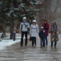 Волгоград ) ...турист всегда одет по погоде))) :: Наталья Мельникова