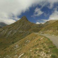 Дорога на перевалы :: Gennadiy Karasev