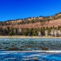 Шуга на реке :: Анатолий Иргл