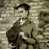 девушка со шляпой :: Антонина Шевчук