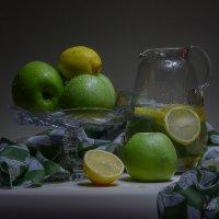 Яблоки с лимоном :: Вера