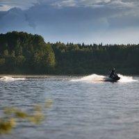 Вэйкбординг на озере Волго :: tuman t