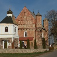 Оборонная церковь 12 век. :: Vitali Sheida