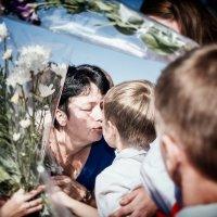 Очередь за поцелуем :: Veaceslav Godorozea