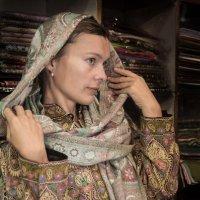 Индия, в магазине :: Kirill Kamionsky