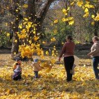 Осень золотая :: Нина Бутко