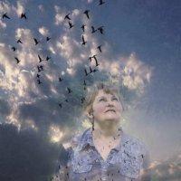 .....ещё как птица хочу подняться в крутое небо я иногда...... :: Tatiana Markova