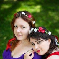 Маша и Ксения :: Марина Семенкова