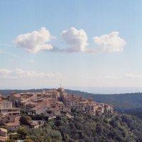 Tourrettes-sur-loup или городок-фиалка Cote d Azur. :: aWa