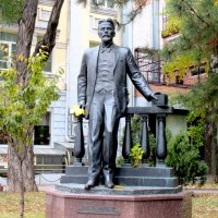 Памятник Антону Чехову... :: Нина Бутко