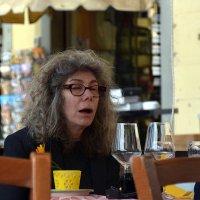 Флоренция. Женщина в кафе :: Асылбек Айманов