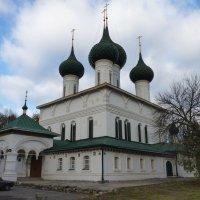 Церковь Фёдоровской иконы Божией Матери в Ярославле. :: Galina Leskova