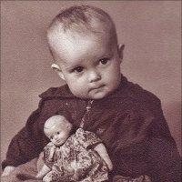 С гуттаперчевой куколкой. 1960 год :: Нина Корешкова