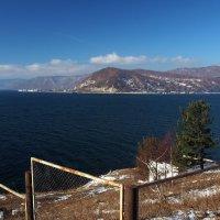 Приезжайте на Байкал в любое время года.Летом,осенью,зимой - здесь всегда погода... :: Александр Попов