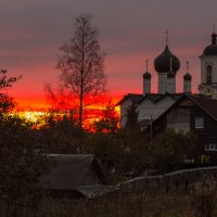 Багровый закат :: Ирина Чикида