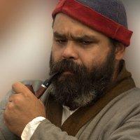 Портрет мужчины с трубкой :: Виктор Мороз