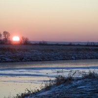 Первый лёд, первый снег :: Виктор Гузеев