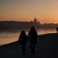 Вечерняя прогулка :: Pavel Fastov