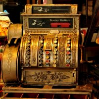 Старинный кассовый аппарат :: Юлiя :))