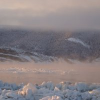 Туман над рекой Лена :: Александр Велигура