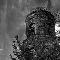 Церковь Николая Чудотворца и Богоявления в Угодичах :: Евгений Жиляев