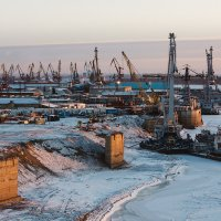 Порт на реке Томь :: Александр Решетников