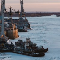 во льдах :: Александр Решетников