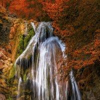 Осень. Водопад Джур-джур. :: Владимир Яковлев