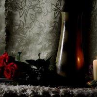 Розы и свеча :: Валерий Лазарев
