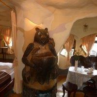 В лабиринтах Крэйзи Хаус. Комната медведя. :: Чария Зоя