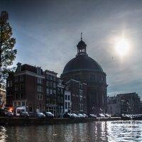 Солнечный день в Амстердаме :: Witalij Loewin