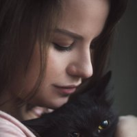 девушка с котом :: Александра Реброва