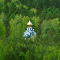 лесная церковь :: Денис Иванов