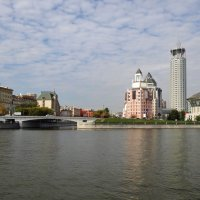 архитектура вдоль Москва-реки :: Валентина. .