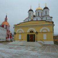 Боровский мужской монастырь. :: Александр Атаулин