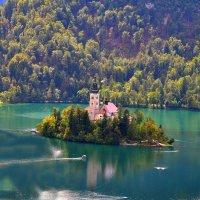 Монастырь на озере Блед :: Евгений Дубинский